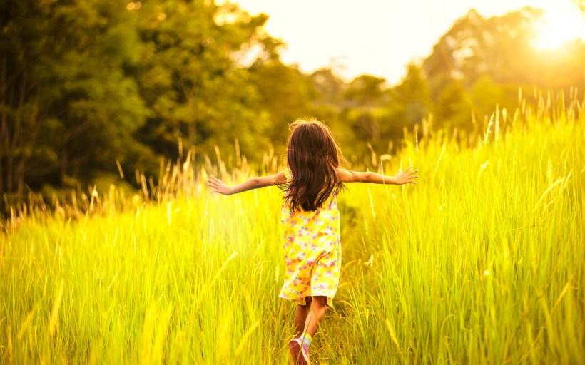 girl-innocence-running-files-reeds-kid-summer-lovely-sunrise-hd-wallpaper